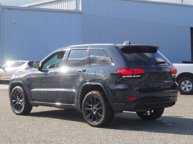 Pre-Owned 2018 Jeep Grand Cherokee Altitude