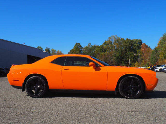 Certified Pre-Owned 2014 Dodge Challenger R/T